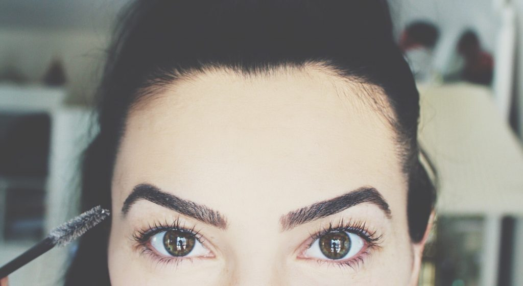 Talkin' Brows: the grooming, shaping, filling and loving of them!