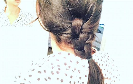 The Knotted Pony- 2 Minute Hairstyle