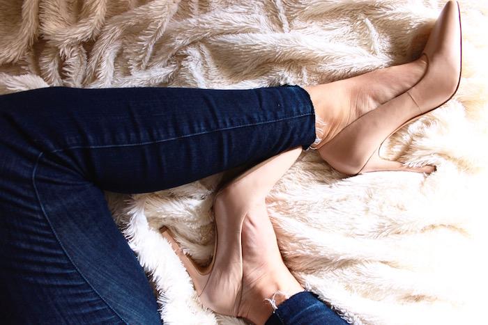 D I Y :: Frayed Hem Jeans