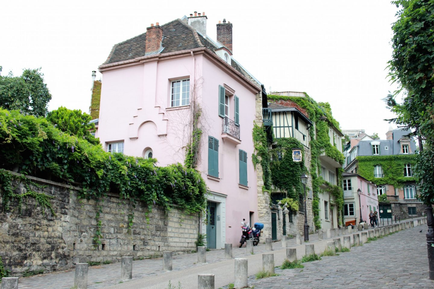 The Bellezza Corner Montmartre